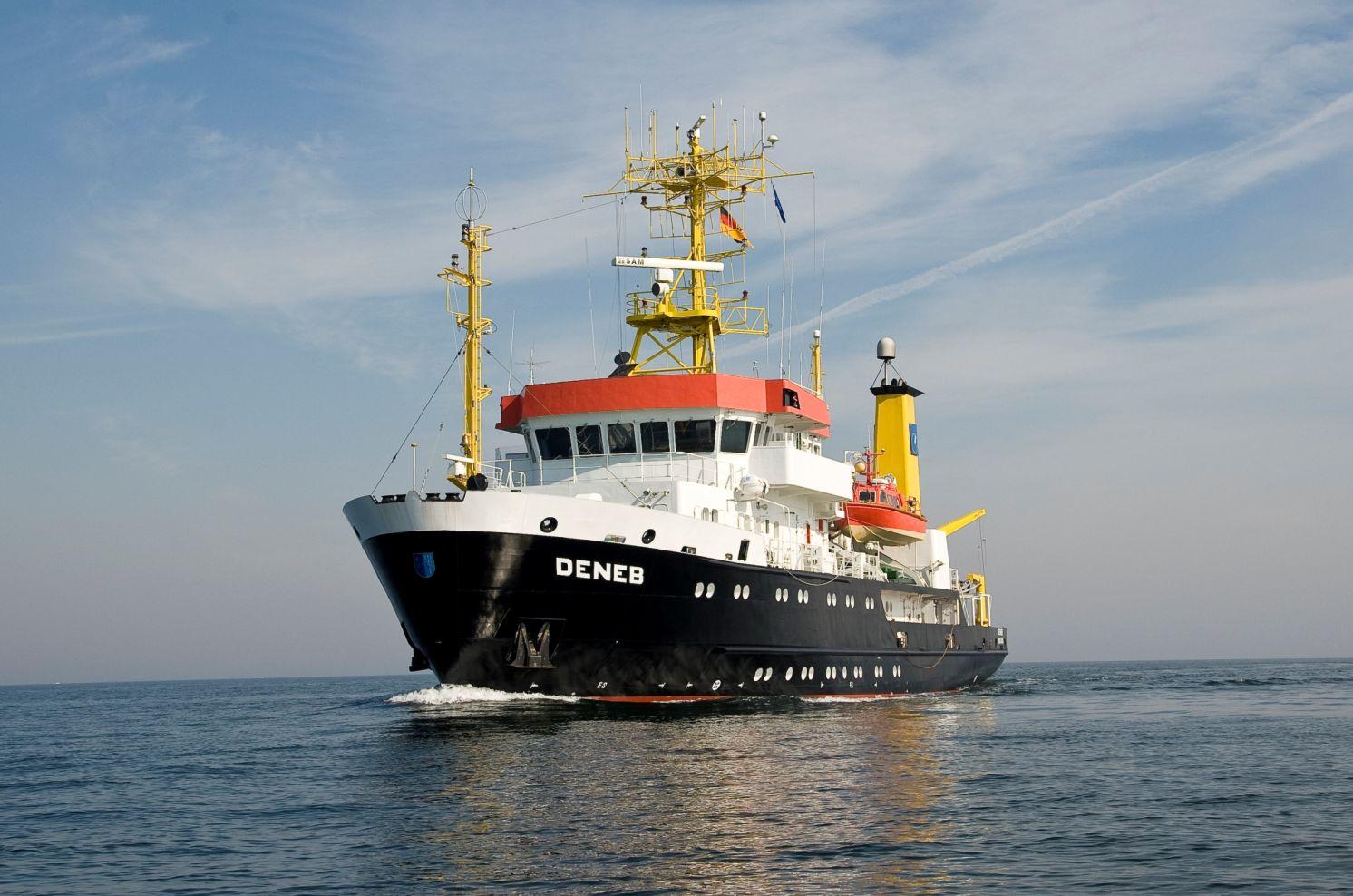 Forschungsschiff Deneb